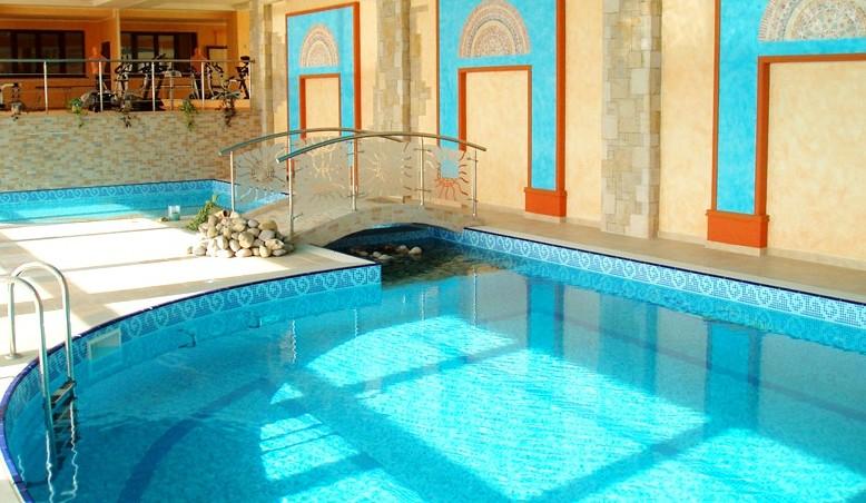 стационарный бассейн