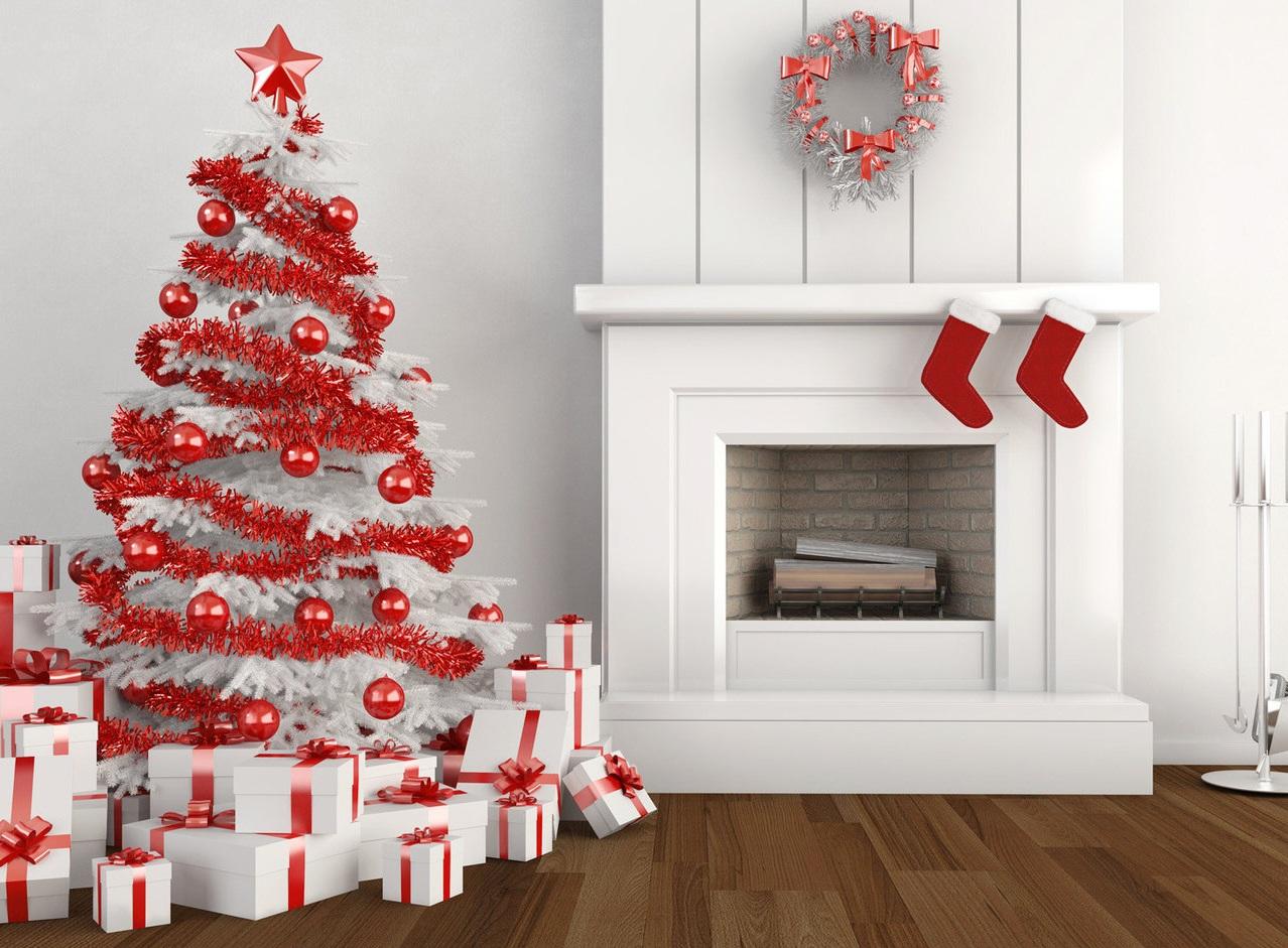 бело красная елка