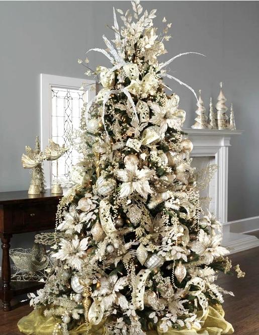 елка в белом