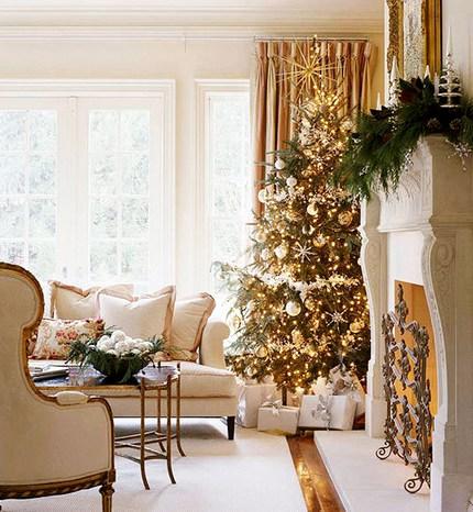 елка в золотом