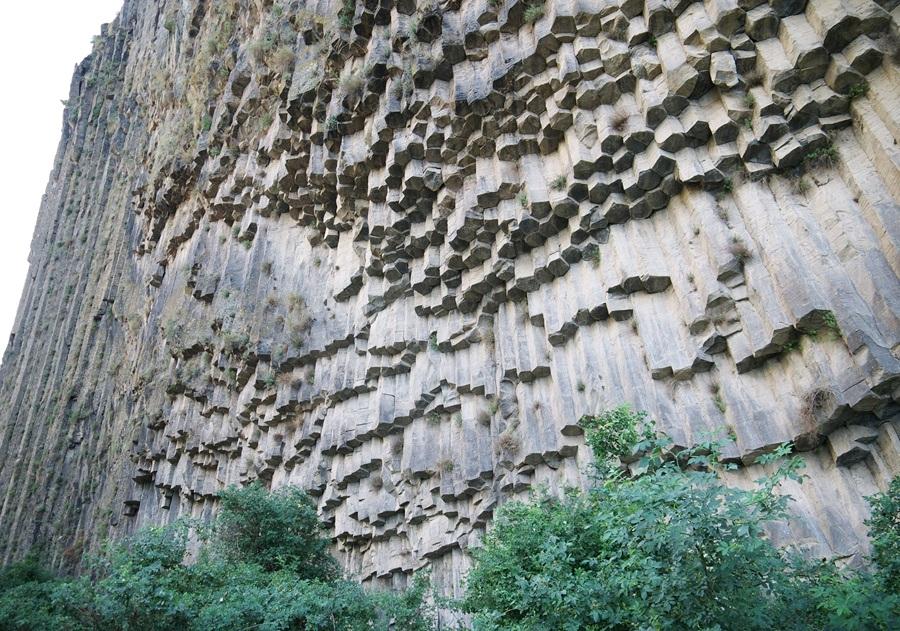 Симфония камней, Армения