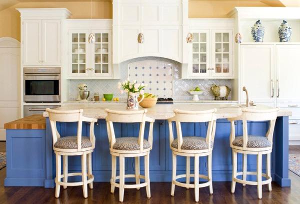 белые кухни в классическом стиле