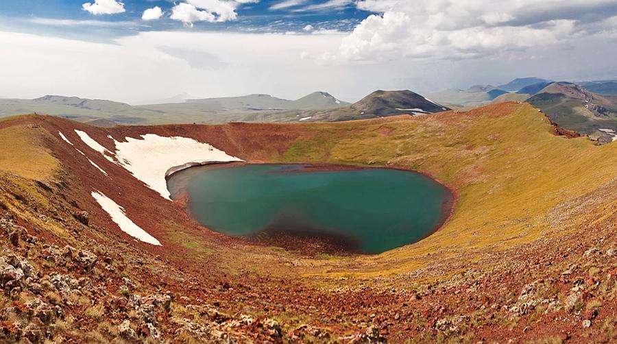 озеро Акна лич, Армения