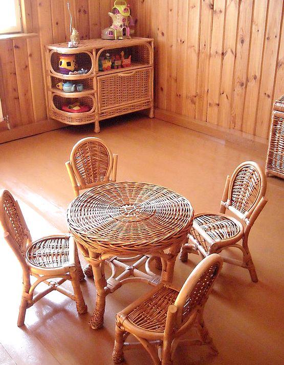 Плетеная мебель из ивы для детей