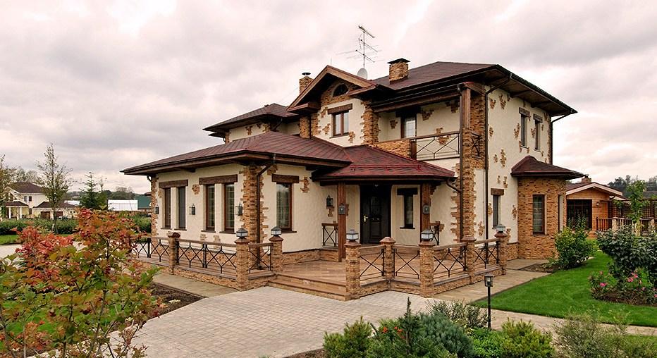 Декор окон фасада дома