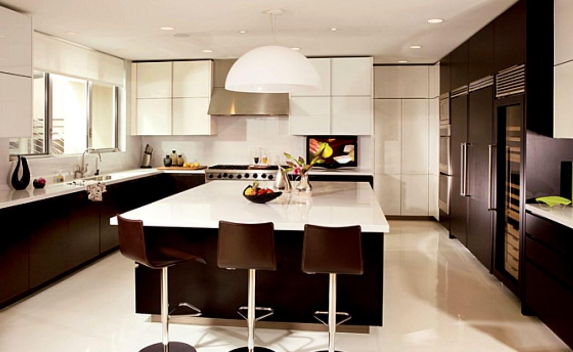 дизайн интерьера кухни - квадратная
