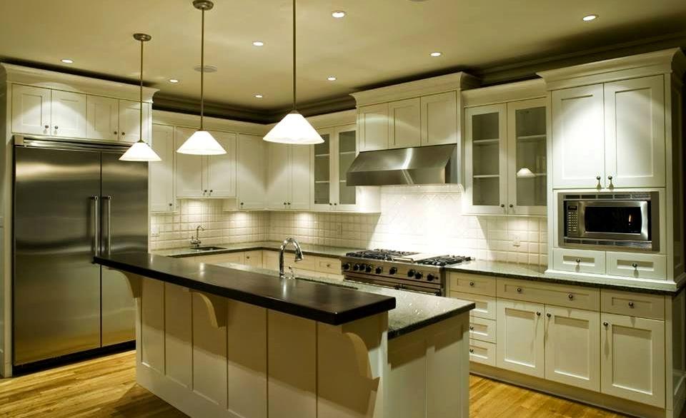 дизайн интерьера кухни осветительные приборы