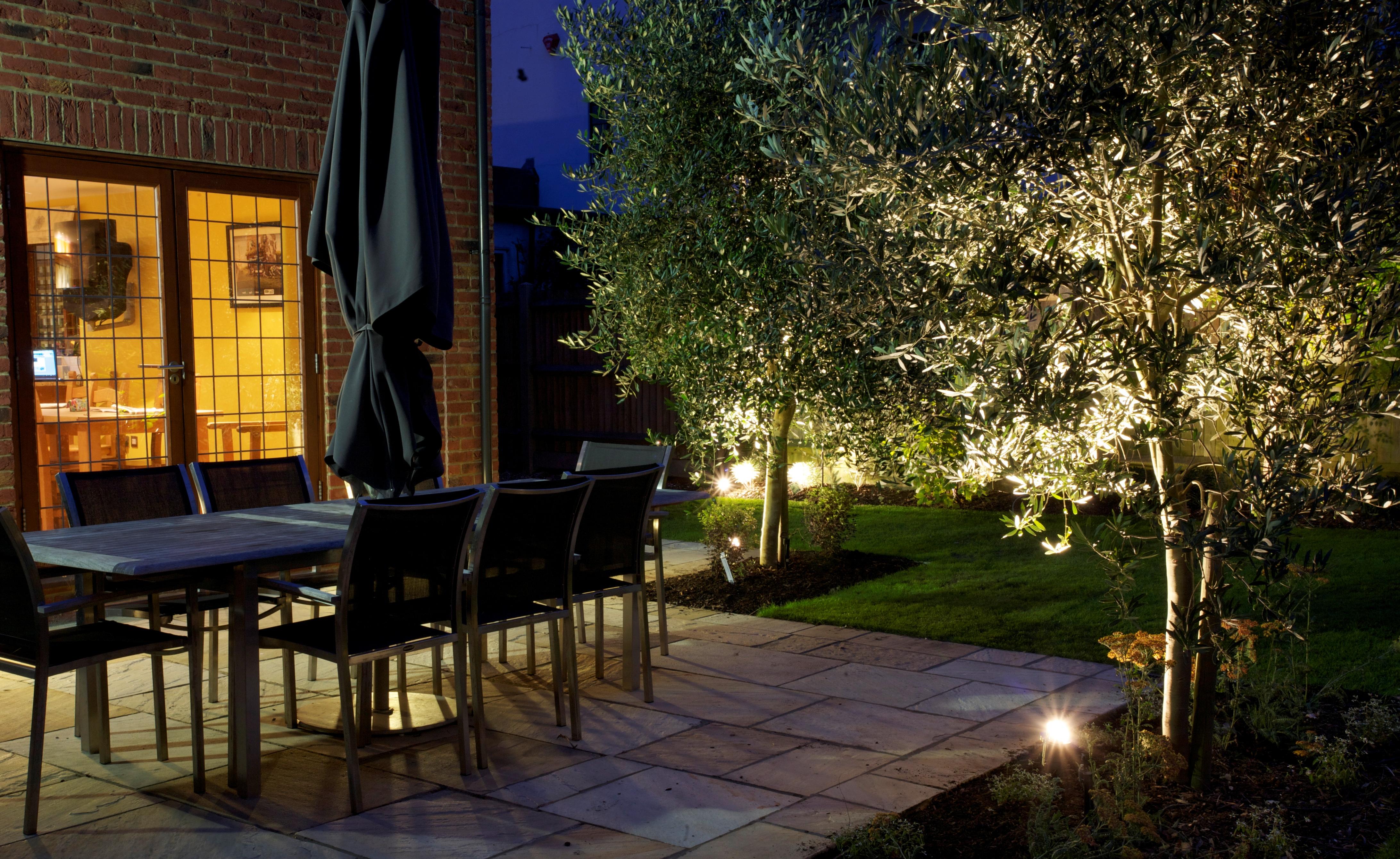 садовое освещение на солнечных батареях2