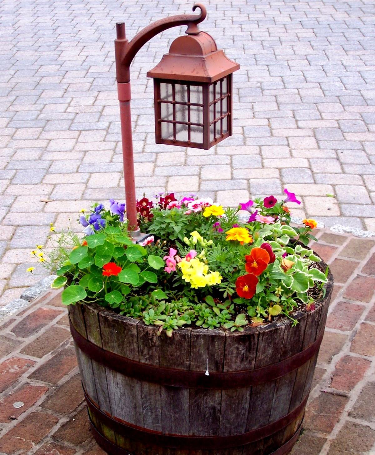 солнечный фонарь для сада