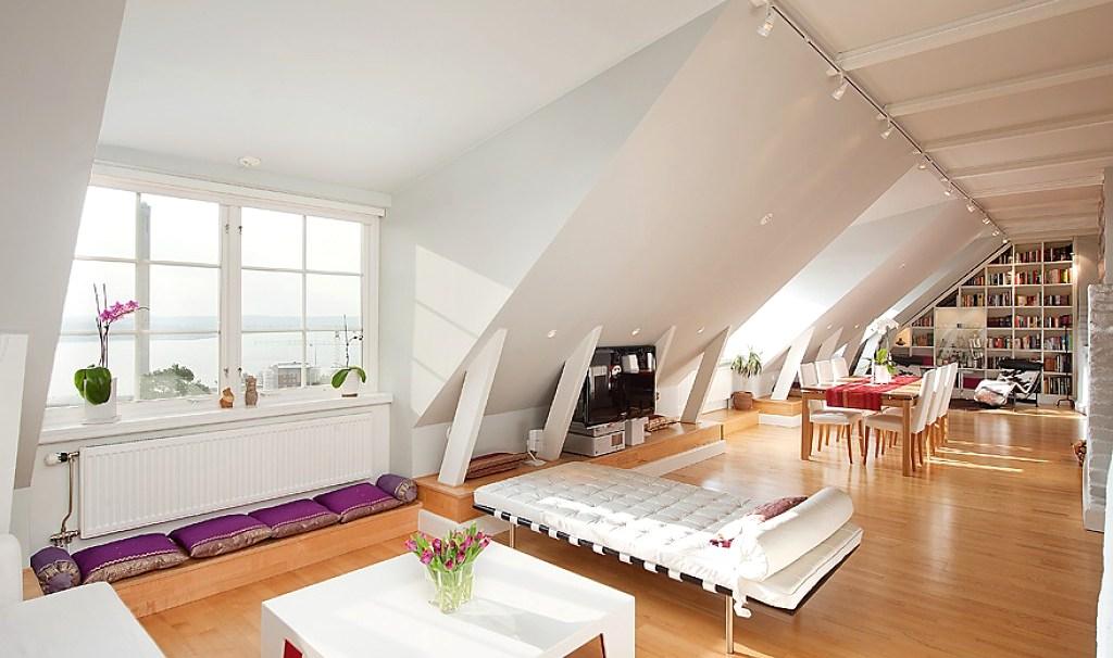 Дизайн интерьер мансарды деревянного дома 4