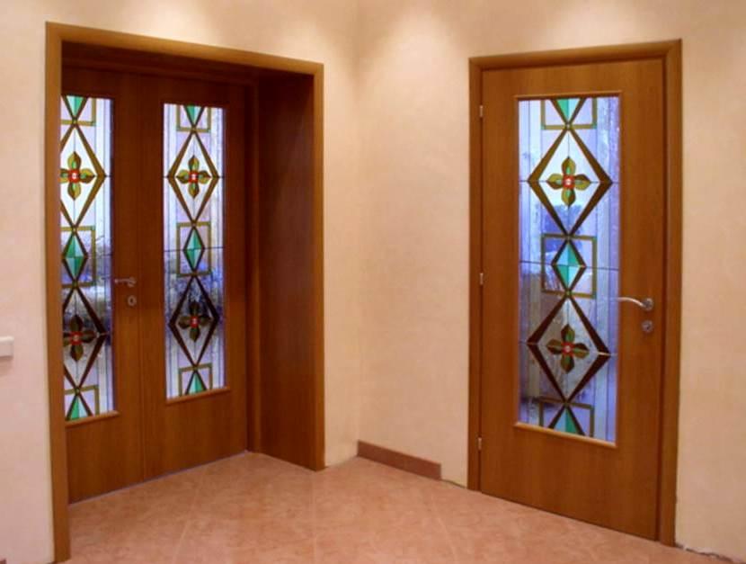 двери из дерева1