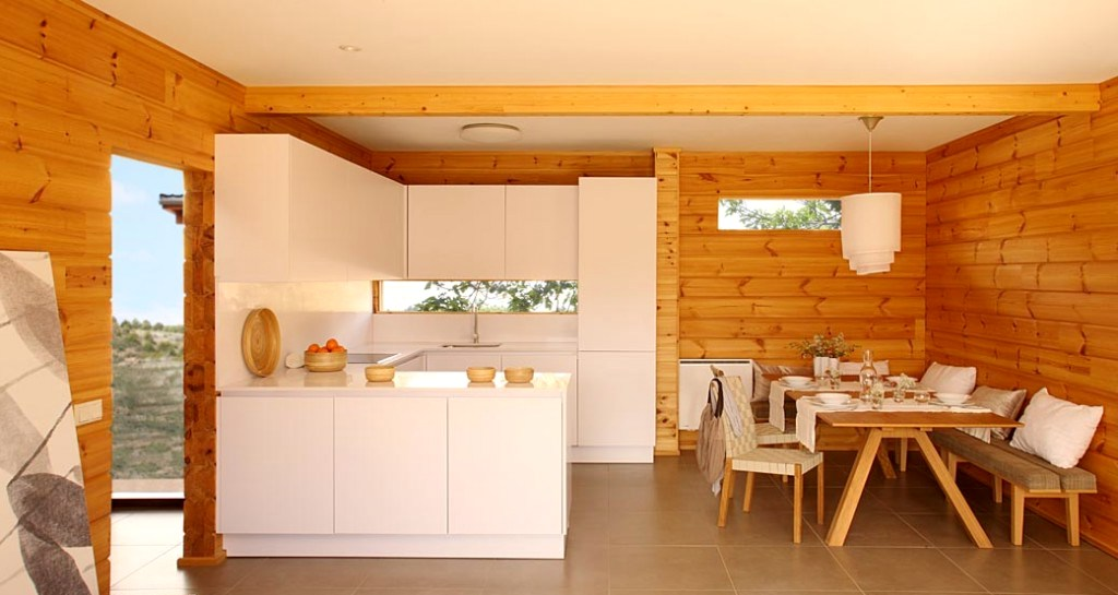 интерьер кухни в деревянном доме3