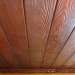 Окрашивание деревянных потолков