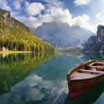 озеро Брайес (Braies) в Доломитовых Альпах
