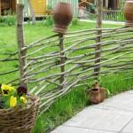 забор плетеный для дачи 2