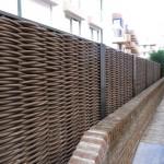 современный забор плетеный для дачи