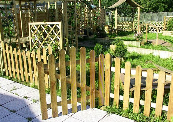 декоративный забор из дерева