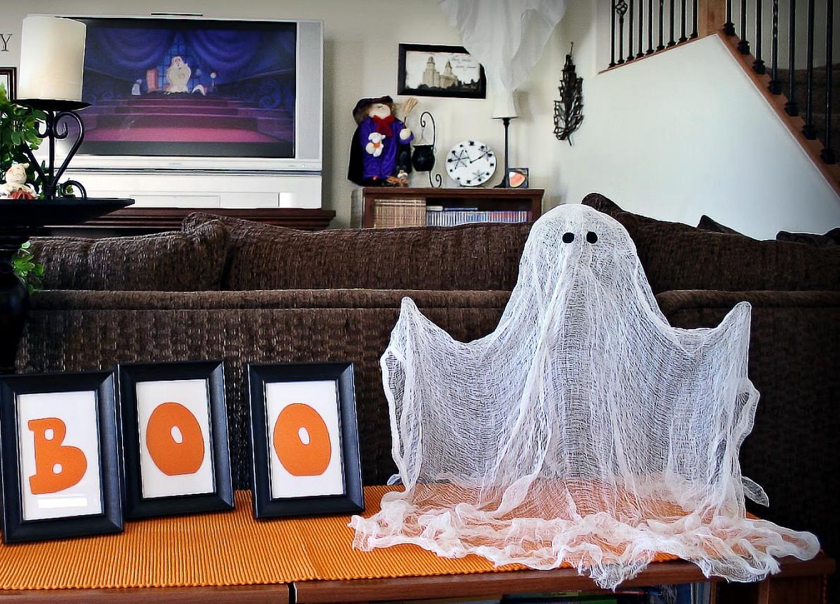 приведение из марли на хэллоуин