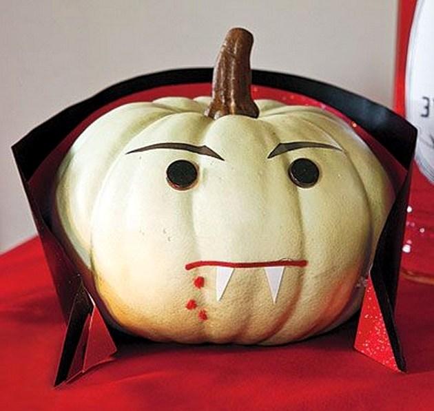тыква-дракула на хэллоуин