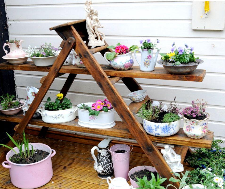 деревянная подставка под цветы