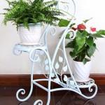 стальные подставки под цветы