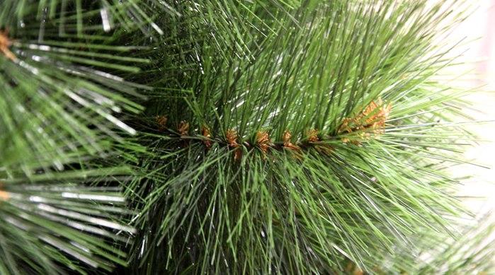 искусственная елка из лески