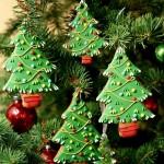 новогодние сладости на елке