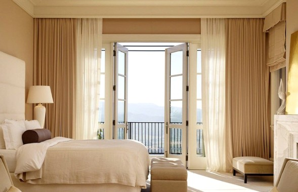 французское окно спальня